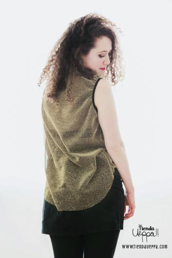 Blusa dorada, transparente larga atrás de *pocacosa/ Cómprala aquí: http://latiendaueppa.monomi.co/products/blusa-dorada/